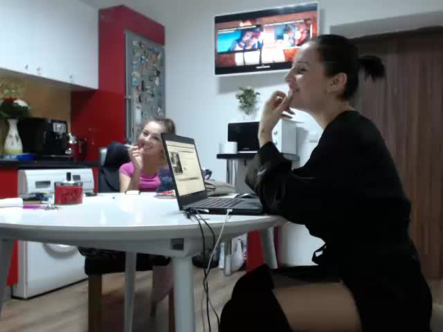 layladolce chaturbate