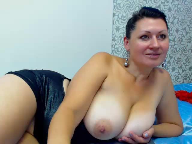 Lindamature Porn Videos