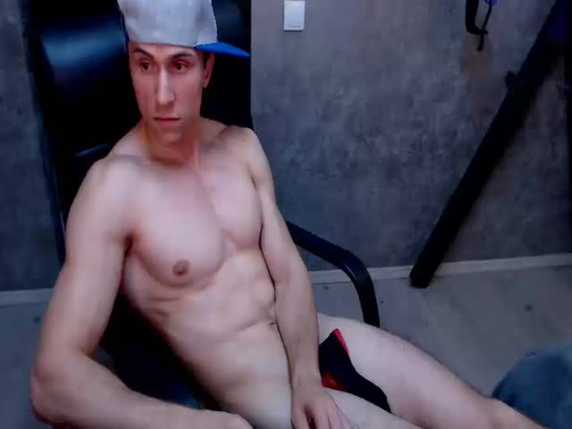 muscleshows chaturbate